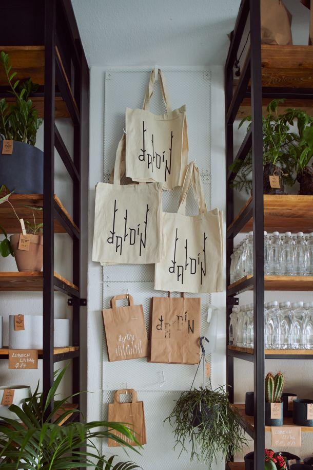 dizajnerske torbe na web shopu