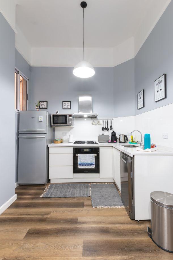 kuhinjski design hladnjak boje u kuhinji