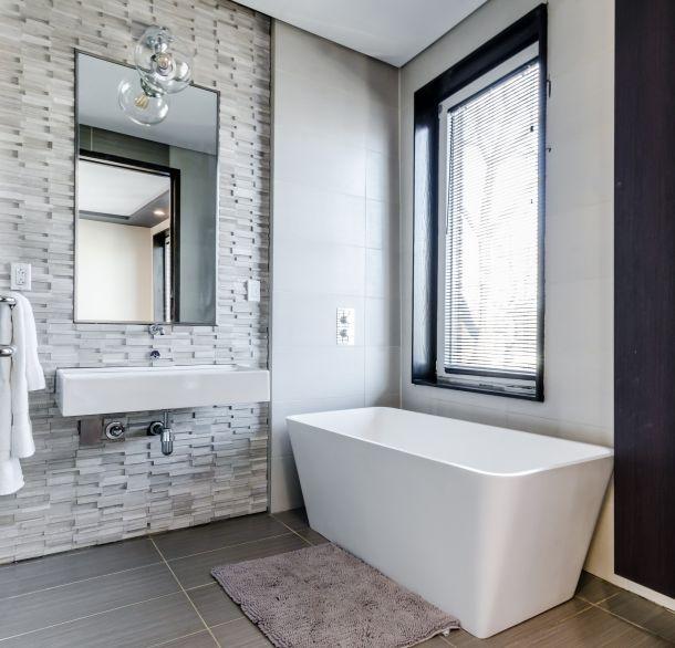 kupaonica umivaonik kada stan kuca