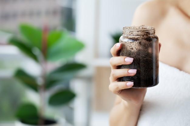 prirodni piling za tijelo i lice od cokolade