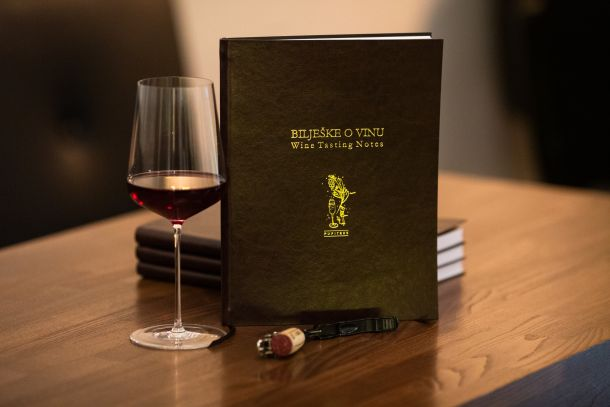 jelena-simic-valentic-biljeske-vino-1