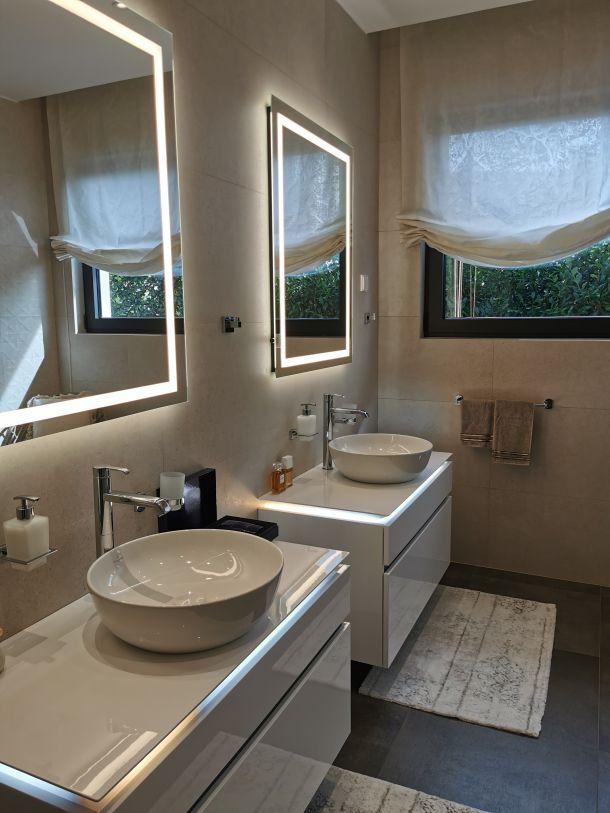 kupaonica ogledala umivaonik