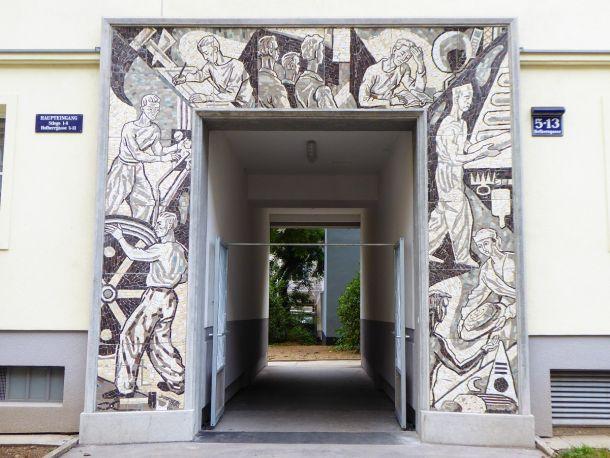 reljefni-portal-u-ullici-hofherrgasse