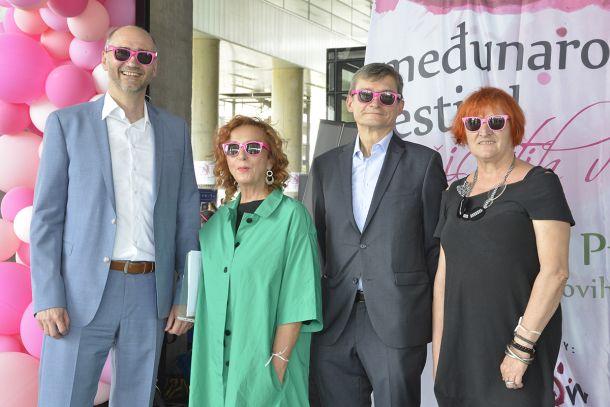 predsjednik GSGZ, Joško Klisović, Sanja Muzaferija, austrijski veleposlanik Josef Markus Wuketich, saborska zastupnica Rada Borić
