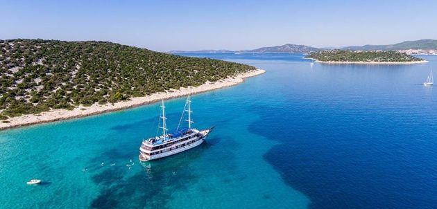 8 OTOKA U 8 DANA – upoznajte čari Jadrana na luksuznom brodu Paradis