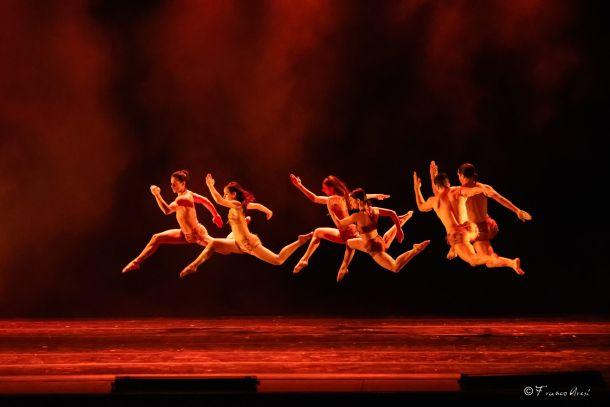 ples-predstava-2