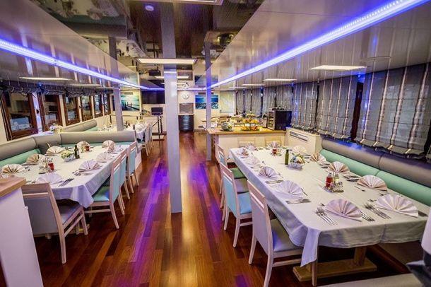 restoran jahte broda paradise